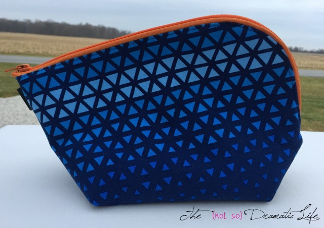 Triangle Print Open Out Box Pouch